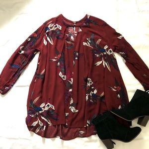 [Free People] tree swing floral flowy v neck tunic